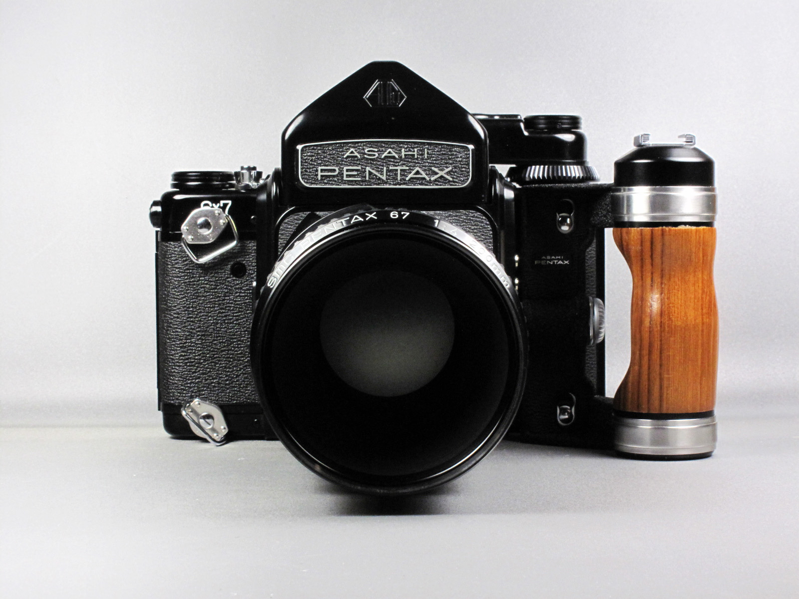 Pentax 67 SOLD at CameraTechs! - CameraTechs Inc.
